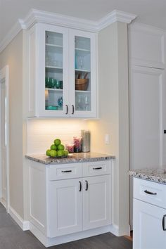 White Shaker Cabinets Kitchen staggered white shaker kitchen cabinets | aspen%2520white