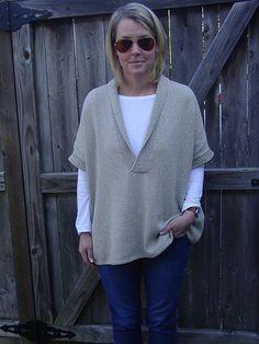Bexley Knitwear Kimono Pullover - stricken Source by bestknittingsweaters ados Knit Vest Pattern, Knitting Patterns, Knitting Ideas, Kimono, Crochet For Beginners, Pulls, Hand Knitting, Knitting Sweaters, Knit Crochet