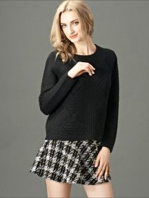 Black Fashion Simple Round Neck Hollow Knitted Sweater