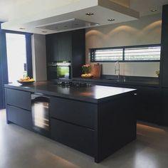 31+ A Secret Weapon For A Matte Black Kitchen Makes A Bold Statement 9 - homesuka