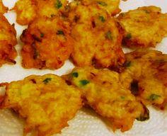 Receita de Pataniscas de Bacalhau - http://www.receitasja.com/receita-de-pataniscas-de-bacalhau-2/