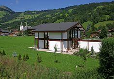 Kundenhaus - Brixental | Außenansicht gesamntes Haus | Finden sie mehr Informationen zu diesem Kundenhaus auf http://www.davinci-haus.de/haeuser-standorte/kundenhaeuser/wilder-kaiser-brixental/ #Traumhaus #Fertighaus #Holfachwerk