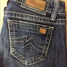 """Miss Me jeans! Excellent condition!  The perfect """"go with anything"""" jeans! Excellent condition.. No holes, tears or stains! Size 30 (sunny skinny). The inseam is 32 inches. Buy with confidence!  Miss Me Jeans Skinny"""