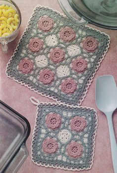 Roses Pot Holder Crochet Pattern with Matching by PaperButtercup, $3.50