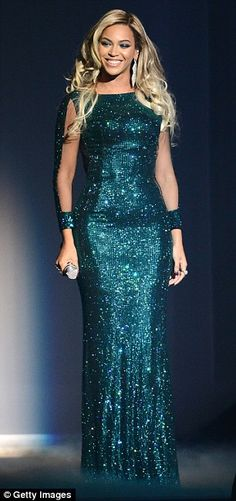 Beyonce's stunning Vrettos Vretakos fully sequin fishtail gown at the 2014 Brit Awards