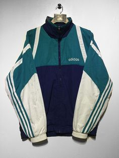 Adidas jacket SIZE - D7 (LARGE BUT FITS OVERSIZED) .Adidas lettering embroidered onto front left and trefoil embroidered across centre rear Full Zip front and 2