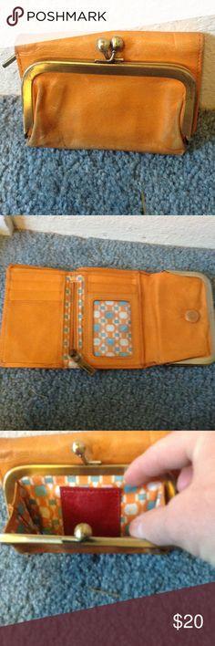 🤓HOBO international Need good cleaning...loved wallet. HOBO Bags Wallets