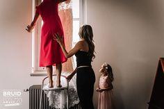 Genomineerde Bruidsfoto Award 2020 // Categorie: Getting Ready // Fotograaf: Stories by Josan