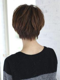 ナチュラルショートヘア
