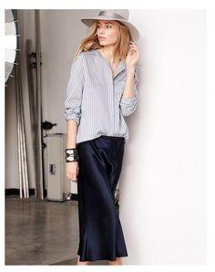 Stylish outfit with blue satin skirt Fall Fashion Skirts, Modest Fashion, Boho Fashion, Fashion Looks, Womens Fashion, Fashion Trends, Fashion Fall, Queen Fashion, Slip Skirts