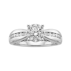 The ideal engement ring.  I saw this ring when I was in the Poconos last week and I feel in love with it.  I tried it on and I asked my boo to get for me :)