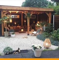 Stunning Exterior Patio Layout Concepts - This patio design collection offers beautiful suggestions on just how to expertly offer your backyard patio garden modern 45 Backyard Patio Ideas That Will Amaze & Inspire You - Pictures of Patios Backyard Patio Designs, Backyard Landscaping, Pergola Patio, Pavers Patio, Cozy Backyard, Backyard Retreat, Pebble Patio, Pea Gravel Patio, Pergola Kits
