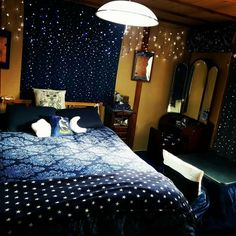 ideas bedroom aesthetic ravenclaw for 2019 Geek Bedroom, Bedroom Themes, Home Bedroom, Room Decor Bedroom, Star Bedroom, Ravenclaw, Harry Potter Bedroom, Aesthetic Bedroom, Dream Rooms