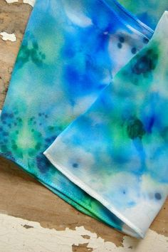 Tutorial: Dyeing Silk Scarves with Permanent Markers