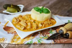 Morčací Stroganov s karfiolovým pyré Mashed Potatoes, Macaroni And Cheese, Waffles, Turkey, Chicken, Cooking, Breakfast, Ethnic Recipes, Fit