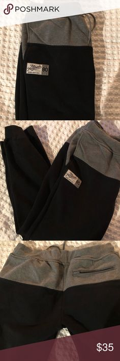 The Hundreds sweat pants The Hundreds sweat pants  Color two tone:  black and grey Men's size XL  Good condition The Hundreds Pants Sweatpants & Joggers