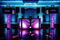 Stage Lighting Design, Dj Lighting, Dj Songs, Pista Led, Salas Lounge, Dj Dj Dj, Dj Table, Digital Dj, Nightclub Design