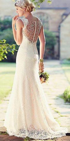 Charming White/Ivory Lace Wedding Dress