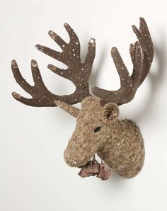 Hey, Lady Grey: Lady Grey Loves... a festive knitted moose head!