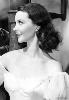 Vivien Leigh Old Hollywood Movies, Hollywood Actresses, Vintage Hollywood, Classic Hollywood, Actors & Actresses, Hollywood Actor, Female Movie Stars, Clark Gable, Gone With The Wind