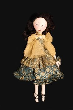 """""""Lia"""" Cloth couture doll by Andrew Yang"""