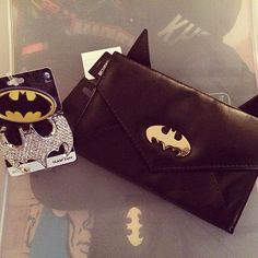 You must have some #batman couture to be on Bruce Wayne's arm!  We love this adorable Batman Envelope purse and dazzling Rhinestone Cuff Bracelet!  Available @tampabaycomiccon this weekend, Con Couture Booth #233 #concouture #batman #bling #cuffbracelet #batmanpurse #countdowntothecon