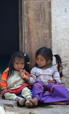 Hermanitas ,Huicholes, Real de Catorce S.L.P Mexico