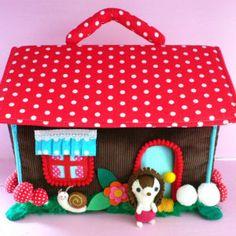felt & cloth hedgehog house playset (by kim edwards ~ cuckoonest).so stinkin' cute! Best Doll House, Hedgehog House, Happy Hedgehog, Felt House, Felt Decorations, Fabric Houses, Doll Maker, Felt Hearts, Felt Dolls