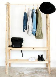 kleiderständer begehbarer kleiderschrank selber bauen holzleiter