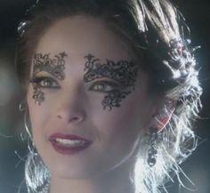 Love the mask...stunning