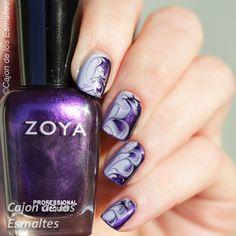 Dry or drag marble - Smoky nail art  Zoya - Belinda Essie - Lilacism