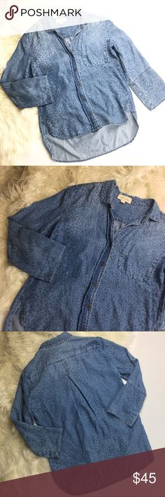 Anthro Cloth & Stone Leopard Chambray Shirt Anthro Cloth & Stone chambray top, women's size XS. Excellent condition! No trades. Anthropologie Tops Tees - Long Sleeve