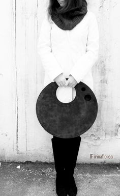 minimalist round leather bag by IF irinaflorea https://www.facebook.com/irinafloreadesign