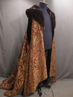 09033409 Robe brown gold brocade faux collar.JPG