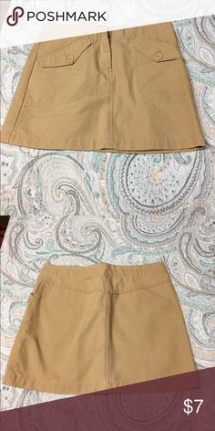 H&M cargo mini skirt One button / zipper and two pockets / excellent condition H&M Skirts Mini