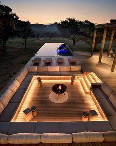 Dream Home Design, Modern House Design, Contemporary Garden Design, Rustic Contemporary, Outdoor Fireplace Designs, Fireplace Ideas, Modern Outdoor Fireplace, Design Exterior, Luxury Homes Dream Houses