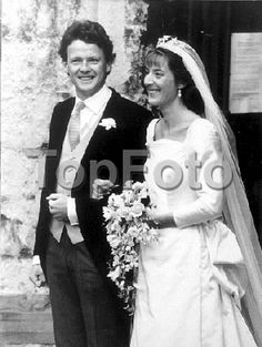 Lady Amanda Knatchbull's wedding to Charles Ellingworth 1987. She wears the Mountbatten Star Diamond and Pearl tiara.