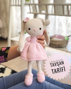 Hello, the Long-eared Rabbit& recipe also asks to help you by name . Baby Knitting Patterns, Crochet Bunny Pattern, Crochet Rabbit, Crochet Patterns Amigurumi, Amigurumi Doll, Bear Patterns, Crochet Baby Toys, Easter Crochet, Crochet Animals