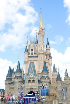 20 Disney World Trips for MOMS