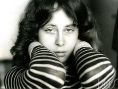 Ana Cristina Cesar. Rio de Janeiro, 1976. (Cecilia Leal/Acervo IMS)