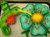Hummingbird Cupcake Cake by AingelCakes Pull Apart Cupcake Cake, Pull Apart Cake, Cupcake Cakes, Hummingbird Cupcakes, Cake Competition, Spring Cupcakes, Cake Borders, Cake Shapes, Cupcake Heaven