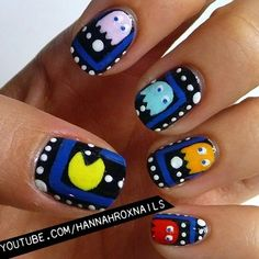 Pacman Nail Art- really makes me wish I had nice nails