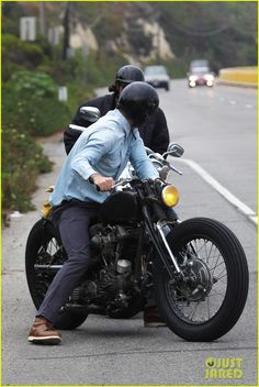 David Beckham: I Shouldn't Light the London Olympics Flame!: Photo David Beckham cruises down the Pacific Coast Highway with a buddy on Thursday (July in Malibu, Calif. Bobber Style, Bike Style, Moto Style, Bobber Motorcycle, Motorcycle Outfit, Harely Davidson, David Beckham Style, Olympic Flame, Harley D