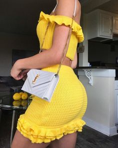 """""""I heard you called for some sunshine"""" Crochet Clothes, Diy Clothes, Stylish Clothes, Mode Streetwear, Two Piece Outfit, Crochet Fashion, Cute Casual Outfits, Crochet Designs, Aesthetic Clothes"""