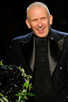 Jean Paul Gaultier is left-handed. Jean Paul Gaultier, Fashion Models, Fashion Brands, Men's Fashion, Famous Left Handed People, French Fashion Designers, Woman Silhouette, Jeans Style, Style Icons