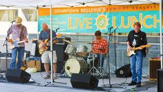 Summertime is made for cold drinks and live music, so head to the Live at Lunch series for FREE outdoor concerts featuring local bands every Tuesday, Wednesday and Thursday from noon to 1:30pm at outdoor venues around Downtown Bellevue, running July until September 11. Check out our latest blog post to learn more! #LiveAtLunch