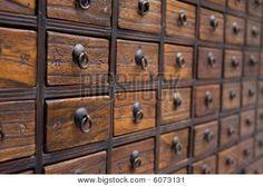「medicine chest」の画像検索結果
