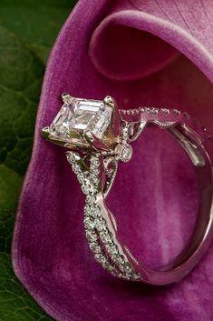 Breathtaking Princess Cut Engagement Rings ❤ See more: http://www.weddingforward.com/princess-cut-engagement-rings/ #weddings #princesscutring