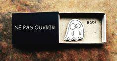 15 boîtes d'allumettes transformées en cartes de vœux avec des messages cachés