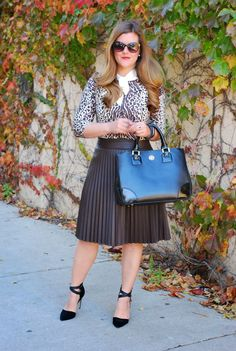 How to Wear a Pleated Leather Skirt - Outfit Ideas | How To Wear ...